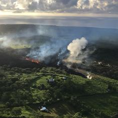 Hawaii: Flying lava crashes through roof of tour boat, injures 23