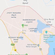 Seven die as bus rams into parked lorry in Karnataka's Tumakuru district