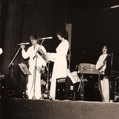 'Hot Hindustanis Here': When Indian classical music and jazz came together for a radical experiment