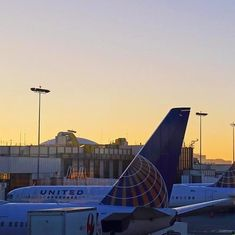 United Airlines faces social media backlash after barring two girls from flight for wearing leggings