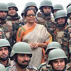 निर्मला सीतारमण अग्रिम चौकियों का दौरा करने वाली पहली रक्षा मंत्री बनीं