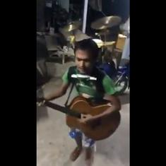 Watch: One-man band goes viral after capturing the attention of Anand Mahindra, Farhan Akhtar