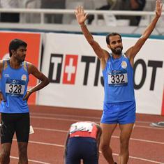 एशियाई खेल 2018 : 800 मीटर की दौड़ में मनजीत सिंह ने स्वर्ण, जिनसन जॉनसन ने रजत पदक जीता