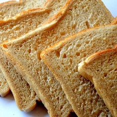 Explainer: Can your morning slice of toast really give you cancer?