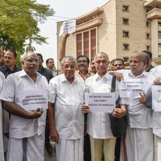 Pinarayi Vijayan, MPs protest in Delhi against decision to drop rail coach factory project in Kerala