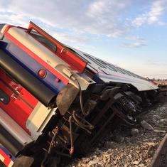 Turkey: 24 killed after passenger train derails in northwestern province of Tekirdag