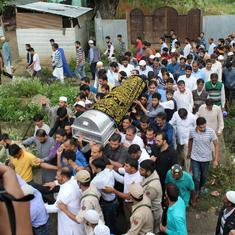 Shujaat Bukhari killing: Hundreds join funeral procession of 'Rising Kashmir' editor in Baramulla