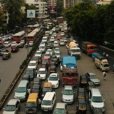 Mumbai has the highest density of private cars in India: Times of India
