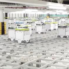 Watch: These grocery-packing robots demonstrate how all warehouses might operate soon