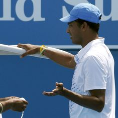 The way Leander Paes is playing, he should continue as long as he can: Mahesh Bhupathi