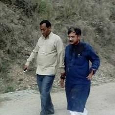 Harish Rawat visits MP Tarun Vijay in hospital after mob attacks him for entering temple with Dalits