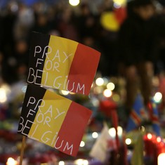Belgium police arrest 12 after threats of another terror attack