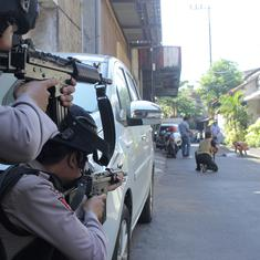 Indonesia: Family carries out explosion at police headquarters in Surabaya