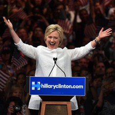 Hillary Clinton officially named Democratic nominee for US president