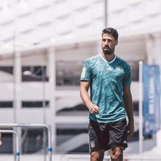 'We'll need them on 16th July': Offered fake tickets back to Berlin by a journalist, Khedira refuses