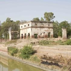 Driving down the Multan Road Highway, exploring Pakistan's Sikh heritage