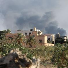 Libya: 400 prisoners break out of Tripoli jail as fighting between armed militias intensifies