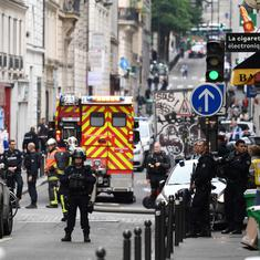 Paris: Hostage situation ends with arrest of man who took two captives