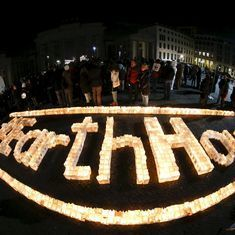 In photos: Landmarks across the world go dark for the 10th Earth Hour