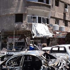 Twin blasts kill eight people near Damascus, Syria