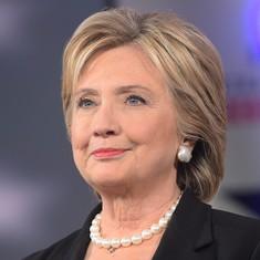 हिलेरी क्लिंटन ने राष्ट्रपति उम्मीदवारी पाने के लिए ज़रूरी समर्थन हासिल किया