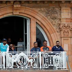 India's batting falls apart again as England romp to innings win at Lord's