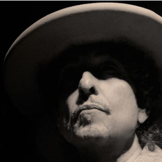 Is that Bob Dylan singing... Frank Sinatra in his new album 'Fallen Angels'?