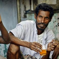 As Tamil Nadu begins shutting down liquor stores, customers aren't shaken or stirred just yet