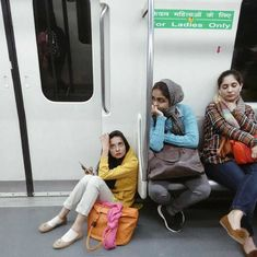 A photographer captures the mood and style of Delhi's working women