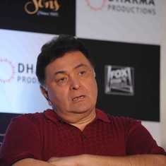 Watch: Rishi Kapoor denies hitting anyone during Ganesh idol immersion