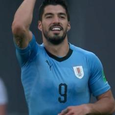 World Cup – as it happened: Suarez's goal helps Uruguay edge out Saudi Arabia, seal last-16 berth
