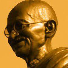 सत्य के प्रयोग करने वाले महात्मा गांधी ने फुटबॉल के साथ भी प्रयोग किए थे