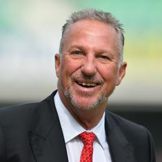 Mistook it for flu: England cricket great Botham claims he was infected by coronavirus in January