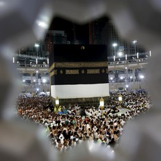 Centre reduces airfare for Haj pilgrims a month after withdrawing subsidy for them
