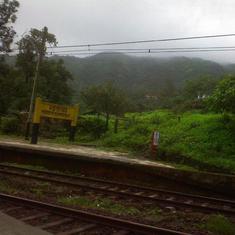 Maharashtra: Madurai Express coach derails at Khandala station, no injuries reported