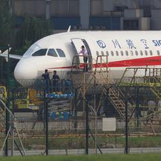 China: Windshield of aircraft shatters, co-pilot gets 'sucked halfway' out of window