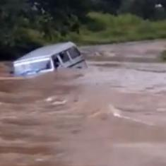 These videos show how the floods are turning grim in some states of central India