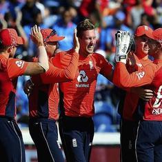 टी-20 के दूसरे मुकाबले में इंग्लैंड ने भारत को पांच विकेट से हराया