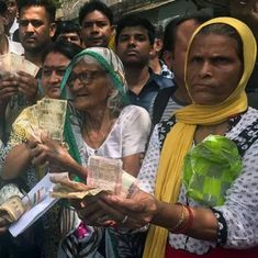 Demonetisation woes: Outside the RBI in Delhi, medical files, tears and tales of woe