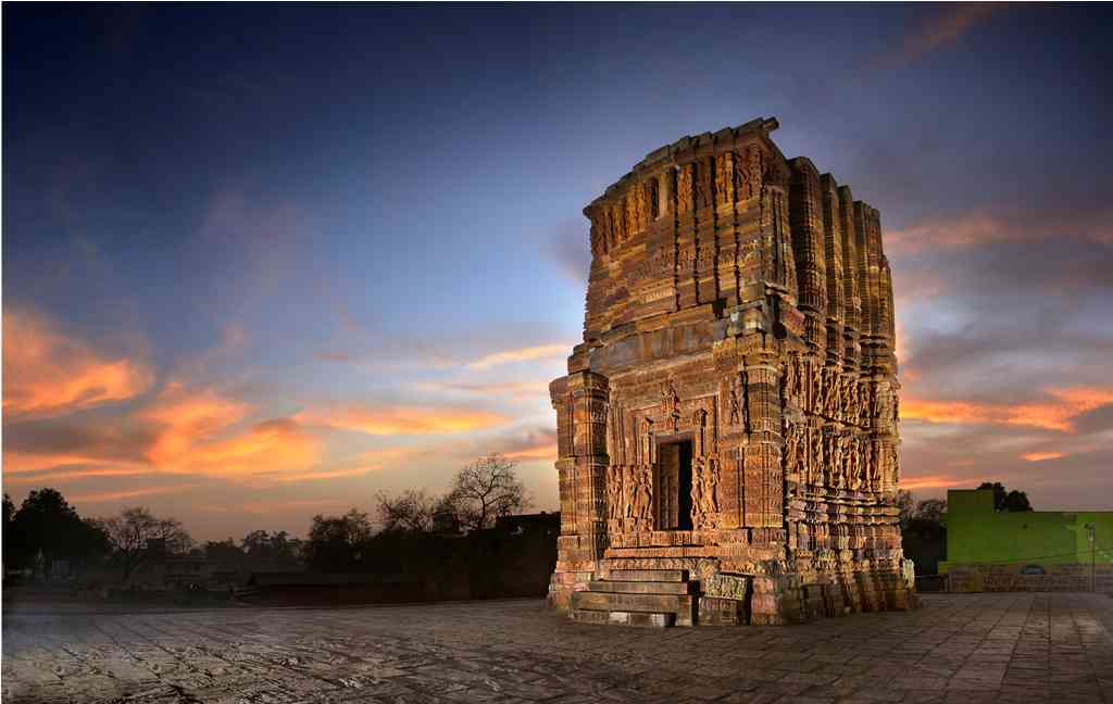 The Vishnu Temple: The construction of this temple at Janjgir in Chattisgarh was by started by the Haihaya kings in the 12th-century, but was never completed.