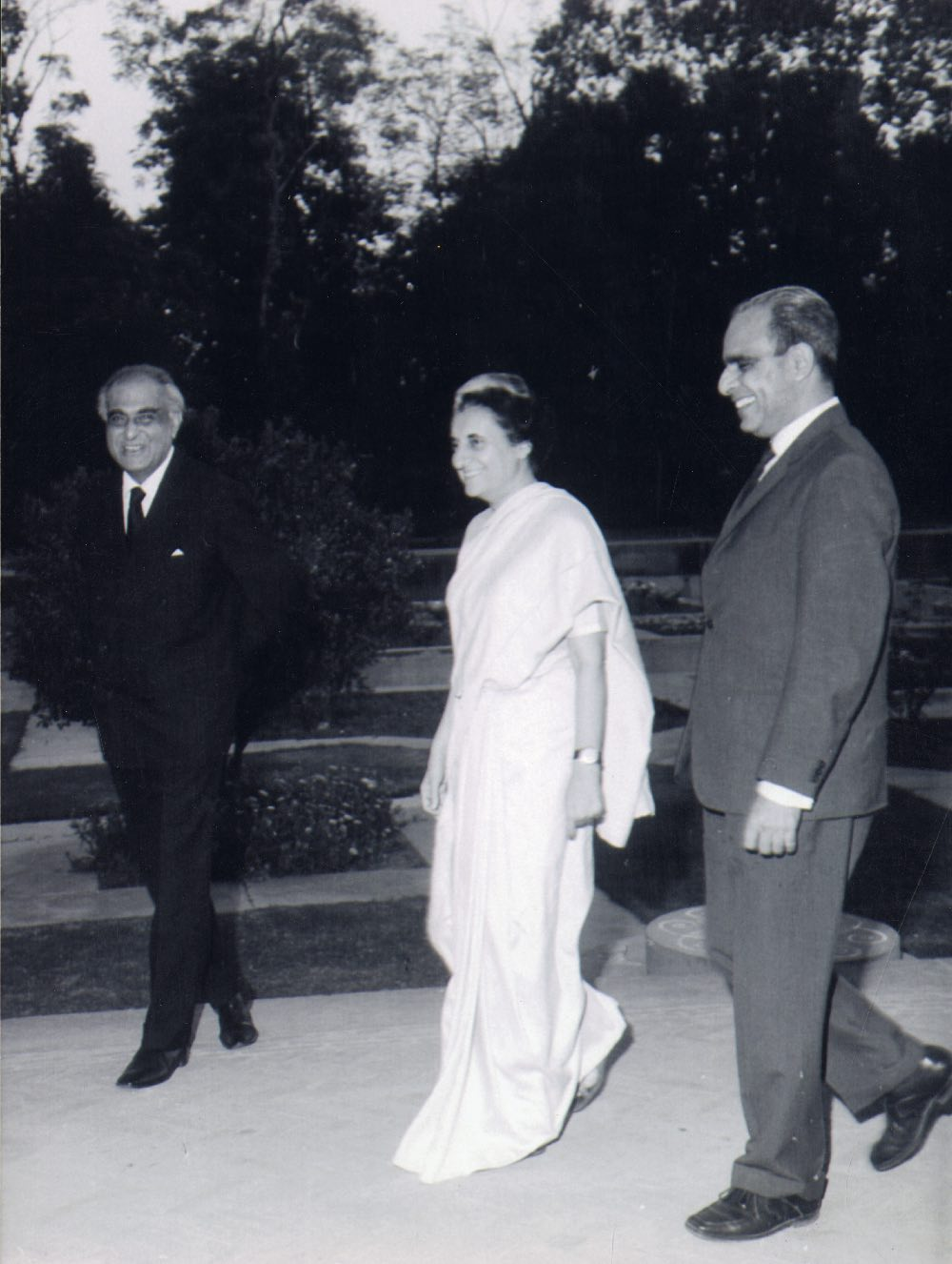 PN Haksar (left) and PN Dhar (right) at Haksar farewell hosted by Indira Gandhi, January 1973.