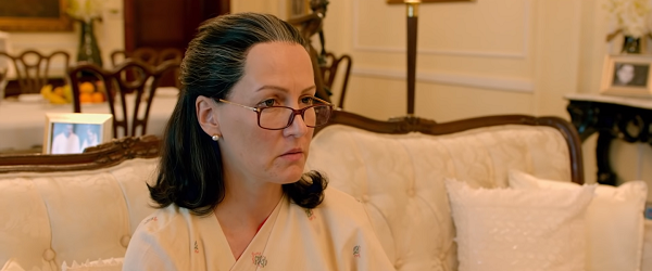 Suzanne Bernert as Sonia Gandhi in The Accidental Prime Minister (2019). Courtesy Bohra Bros.