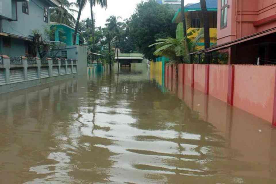 A waterlogged street in Palakkad district of Kerala. (Credit: HTPhoto)