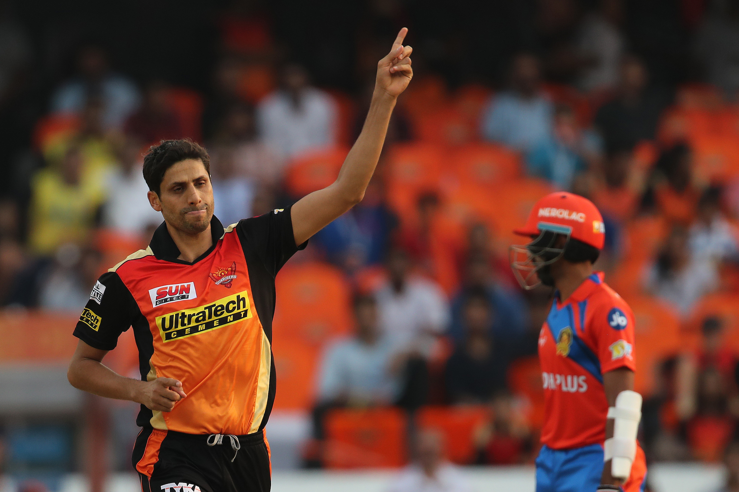 T20 cricket came as a boon for Nehra's struggling body and abundance of skills (Image: BCCI/IPL)