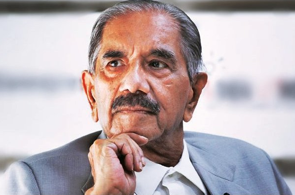 RK Dhawan played a key role in the Emergency, helping draw up the list of persons to be arrested and ensuring the arrest orders were carried out. (Photo credit: via Twitter)