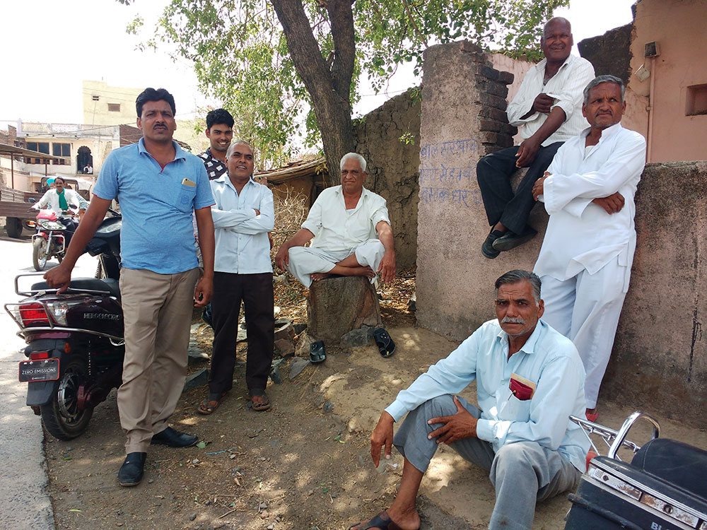 Mukesh Patidar (third from left) and Mohanlal Patidar (fourth from left) are not happy with the turn farmers' movements are taking.