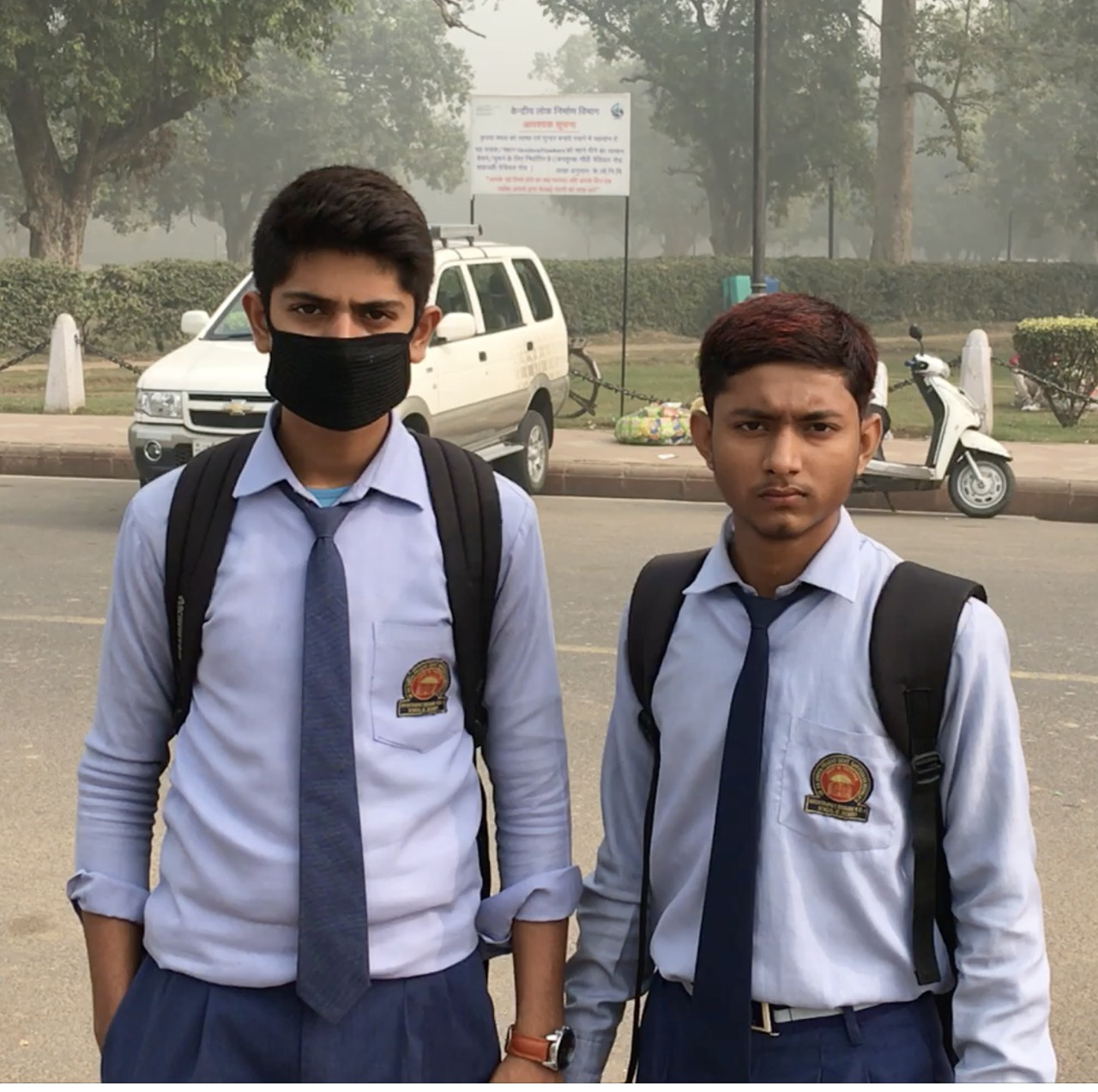 Cotton face mask are very popular across Delhi. But they are completely ineffective against the main cause of pollution-related sickness: PM2.5. Credit: Aabid Shafi