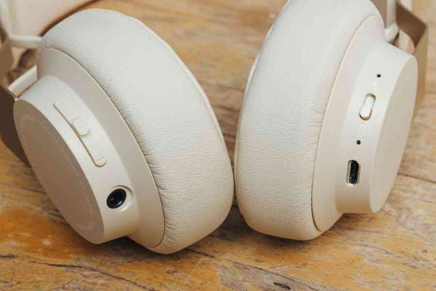 Jabra Sony Or Bose Which Wireless Headphones Should You Buy In 2019