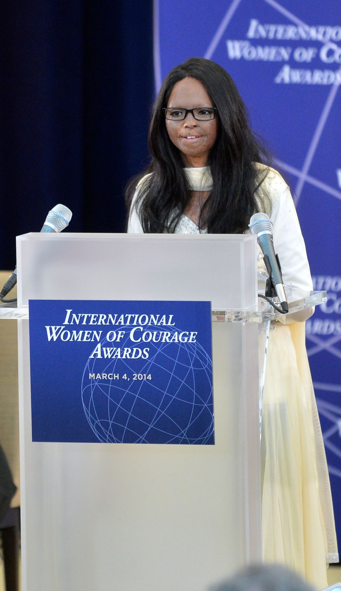 Laxmi Agarwal at the International Women of Courage Award ceremony in 2014. Courtesy US Department of State/Wikimedia Commons.