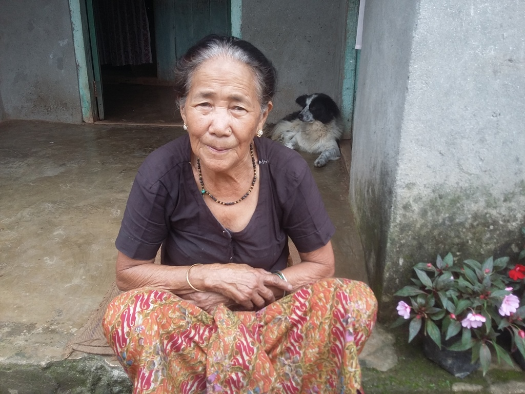 Kali Limbuni, a retired tea plucker, at her home. Photo credit: Anuradha Sharma.